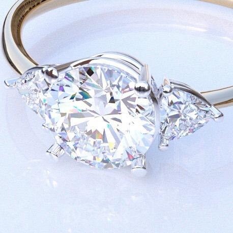 ダイヤモンドを利用したリング